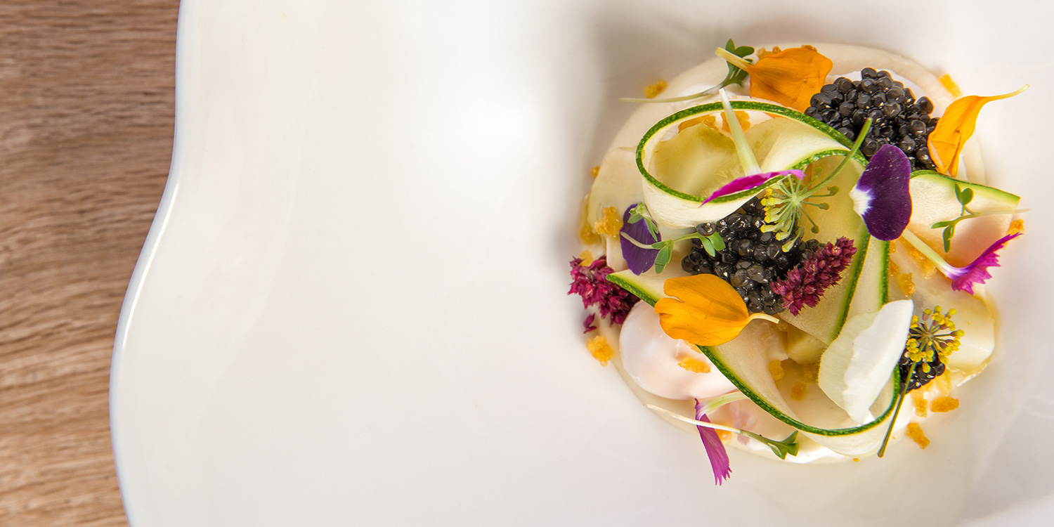 restaurant-ONE-food-gerecht-dishes-caviar-kaviaar-egg-ei-art